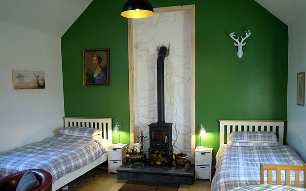 The Smithy, Stoer, single bed